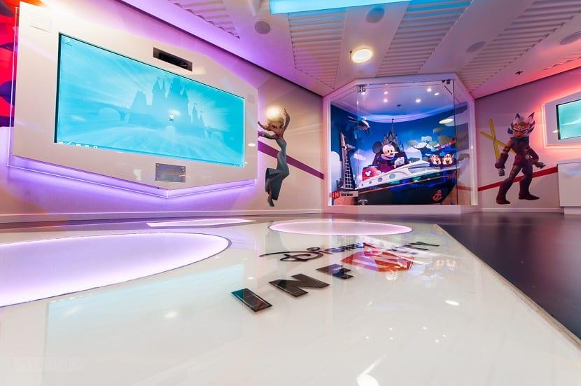 baño interactivo en crucero Disney