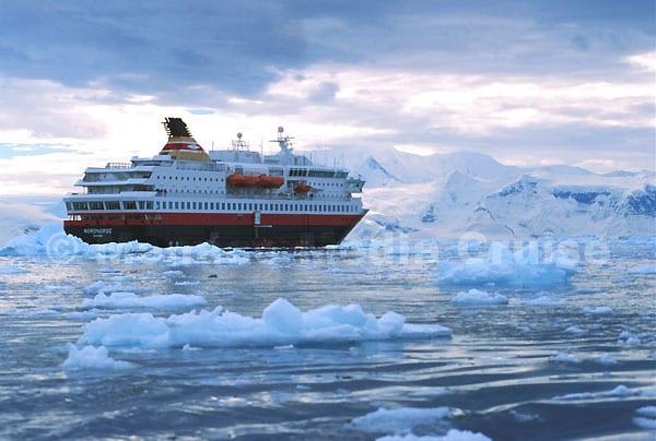 groenlandia-un-maravilloso-destino-muy-poco-explotado-por-los-viajes-en-cruceros