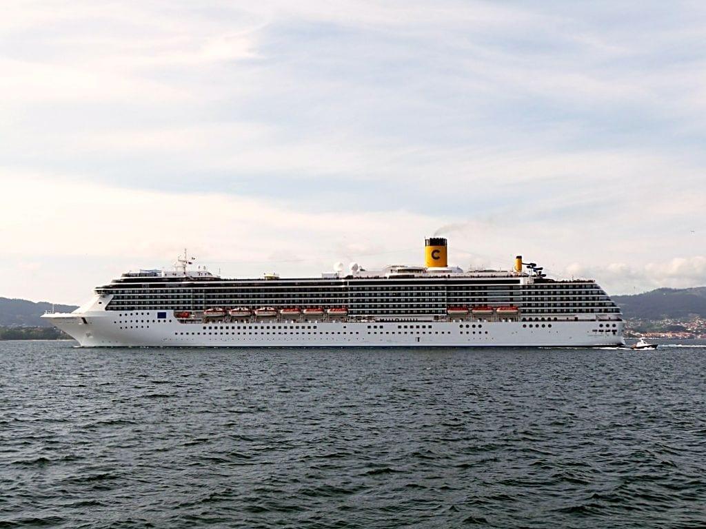 350 vacantes en Chile para trabajar en cruceros