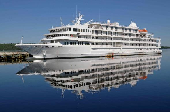Crucero de Pearl Seas Cruises por los Grandes Lagos y canales de Canadá
